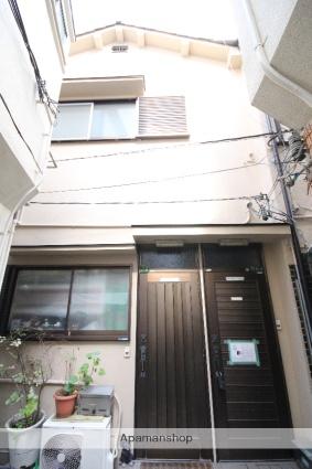 大阪府大阪市北区、梅田駅徒歩10分の築27年 2階建の賃貸アパート