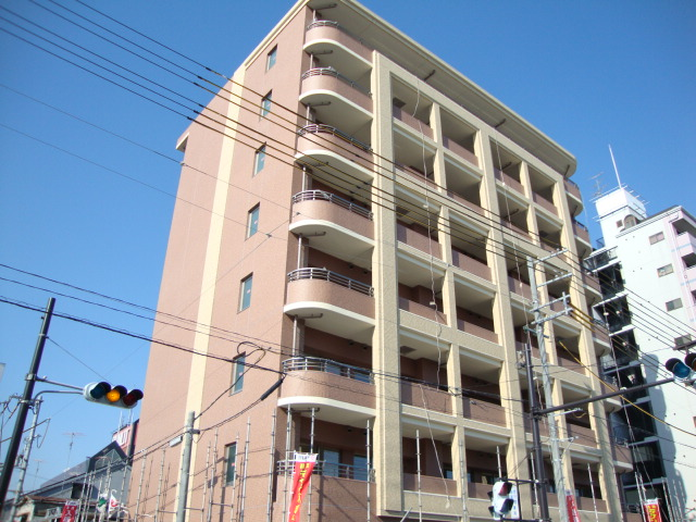 大阪府大阪市旭区、滝井駅徒歩10分の築6年 8階建の賃貸マンション