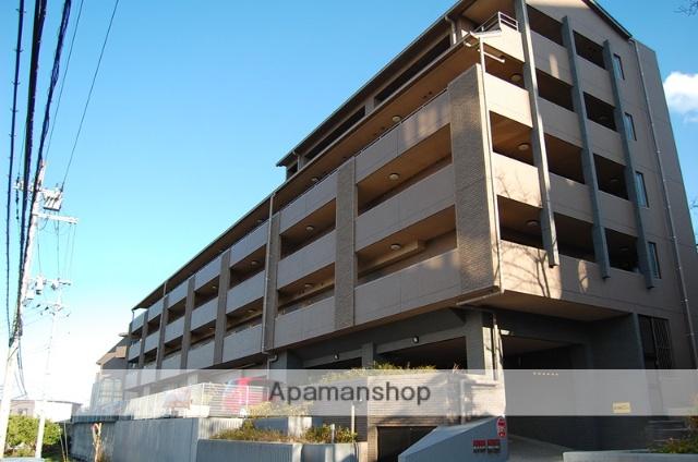 大阪府茨木市、阪大病院前駅徒歩18分の築9年 6階建の賃貸マンション