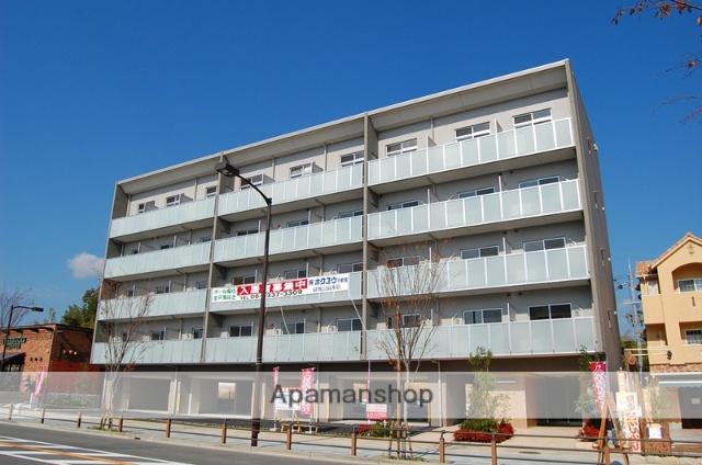大阪府箕面市、北千里駅徒歩18分の築7年 5階建の賃貸マンション
