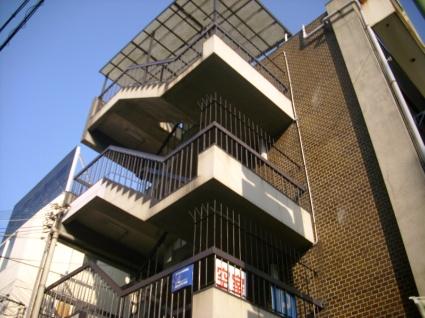 大阪府大阪市天王寺区、鶴橋駅徒歩2分の築44年 4階建の賃貸マンション