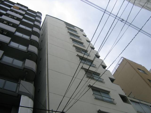 大阪府大阪市中央区、近鉄日本橋駅徒歩10分の築32年 11階建の賃貸マンション