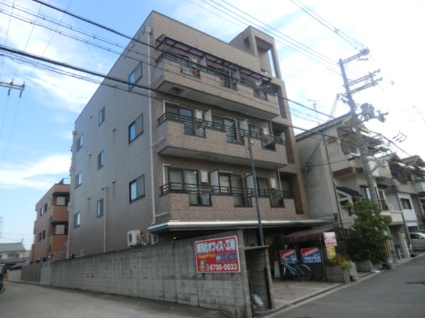 大阪府大阪市平野区、出戸駅徒歩9分の築22年 4階建の賃貸マンション