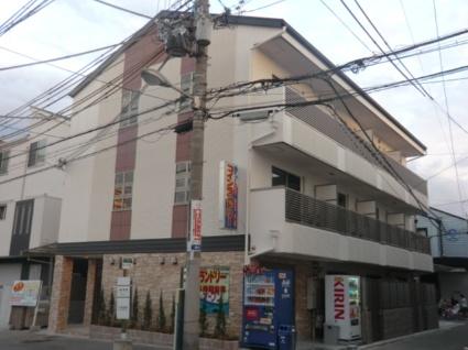 大阪府大阪市生野区、東部市場前駅徒歩17分の築5年 3階建の賃貸マンション