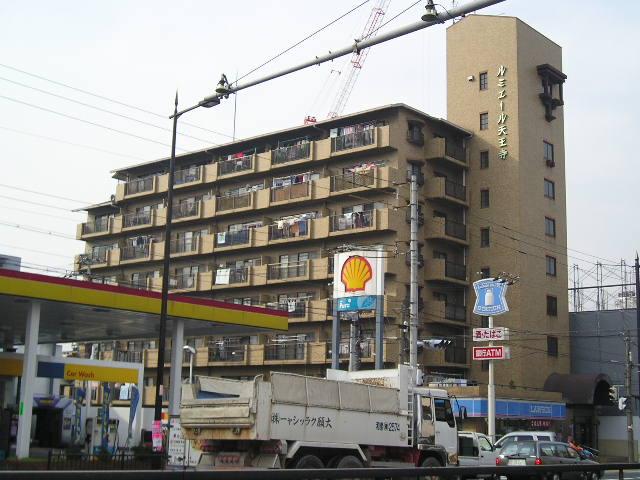 大阪府大阪市東住吉区、東部市場前駅徒歩10分の築32年 8階建の賃貸マンション