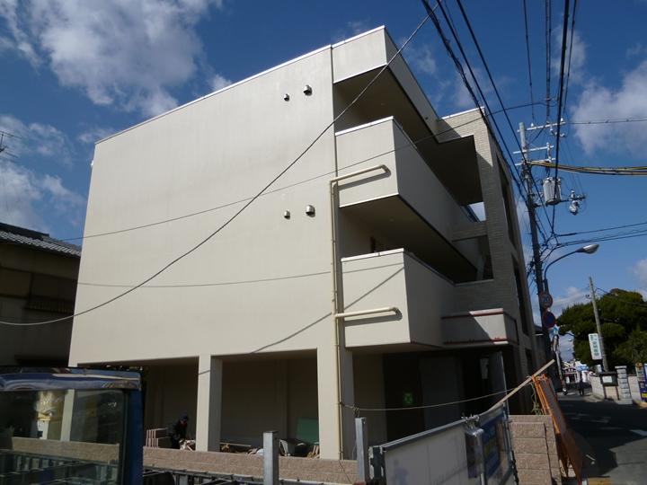 大阪府泉北郡忠岡町、泉大津駅徒歩30分の築2年 3階建の賃貸マンション