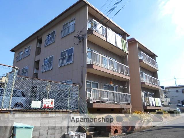 大阪府富田林市、滝谷不動駅徒歩37分の築28年 3階建の賃貸マンション
