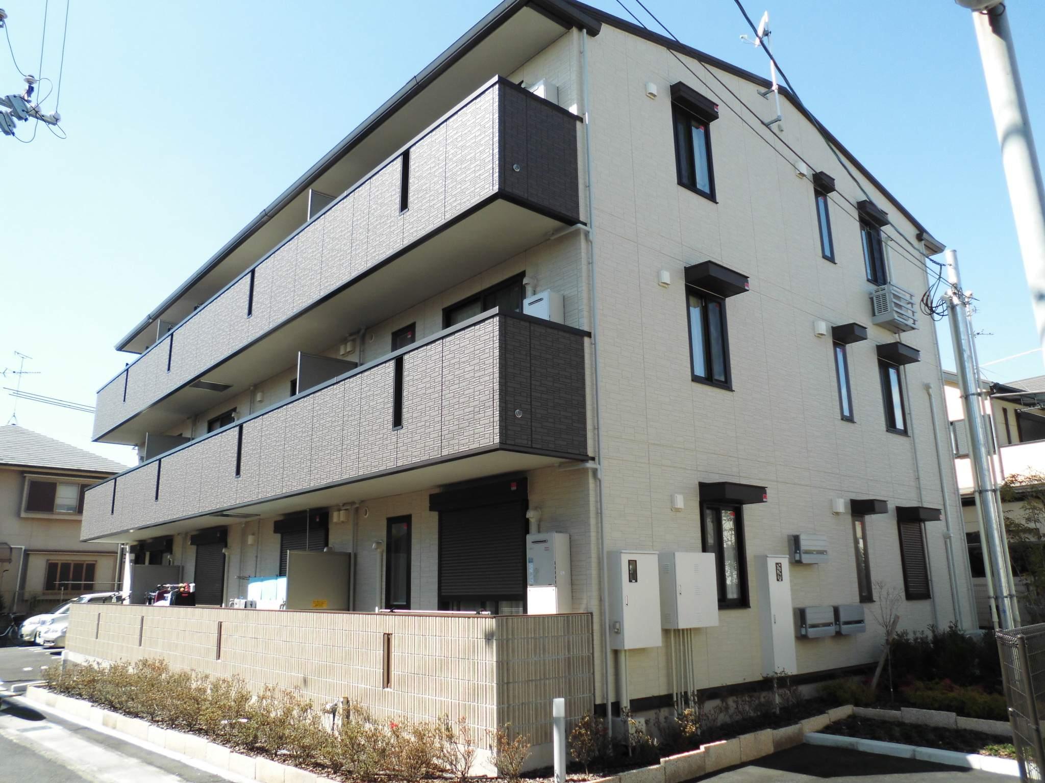 大阪府堺市東区、白鷺駅徒歩36分の築1年 3階建の賃貸アパート
