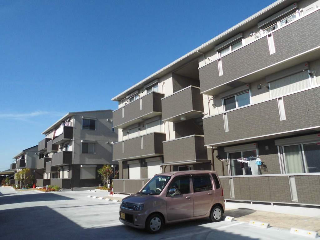 大阪府堺市中区、初芝駅徒歩49分の新築 3階建の賃貸アパート