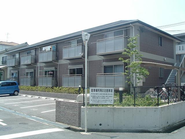 大阪府堺市中区、初芝駅徒歩30分の築13年 2階建の賃貸アパート