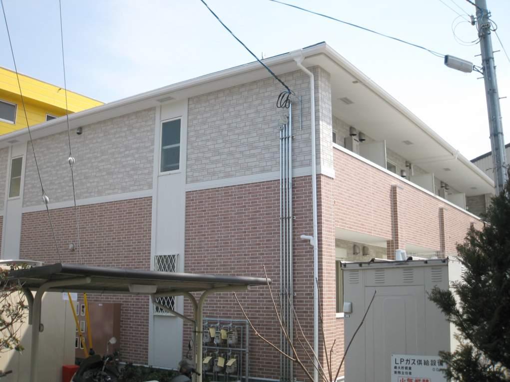 大阪府和泉市、信太山駅徒歩39分の築8年 2階建の賃貸アパート