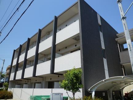 大阪府泉大津市、北助松駅徒歩29分の築8年 3階建の賃貸マンション