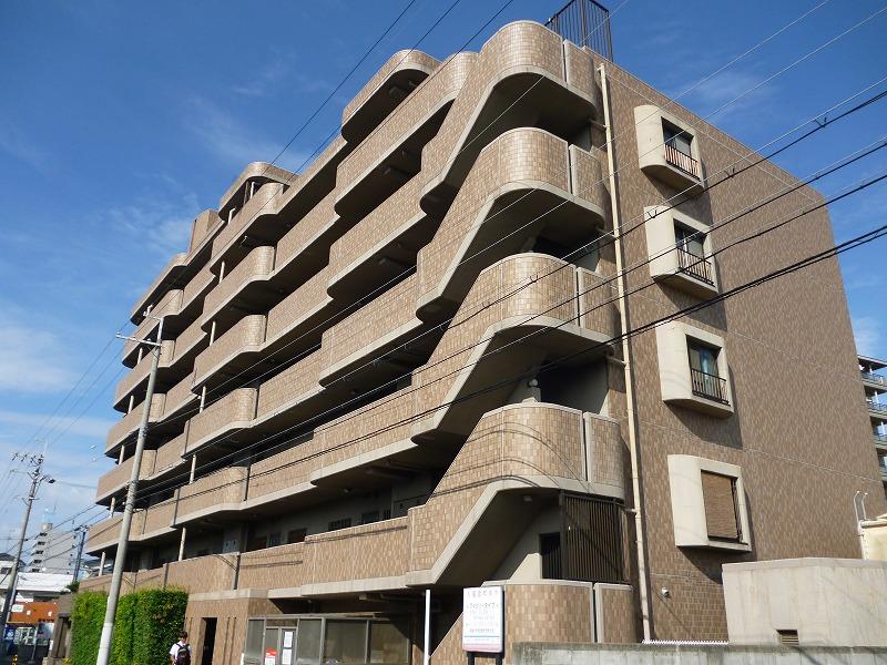 大阪府和泉市、信太山駅徒歩4分の築20年 7階建の賃貸マンション