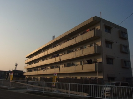大阪府貝塚市、東貝塚駅徒歩9分の築22年 4階建の賃貸マンション