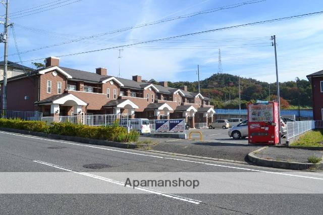 大阪府阪南市、鳥取ノ荘駅徒歩27分の築12年 2階建の賃貸アパート