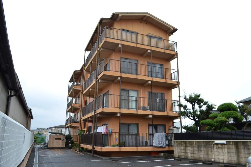 大阪府泉南市、新家駅徒歩23分の築22年 4階建の賃貸マンション
