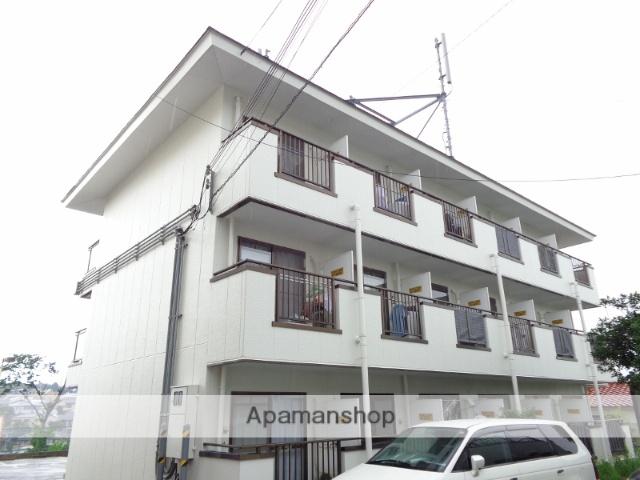 大阪府茨木市、万博記念公園駅徒歩28分の築27年 3階建の賃貸アパート