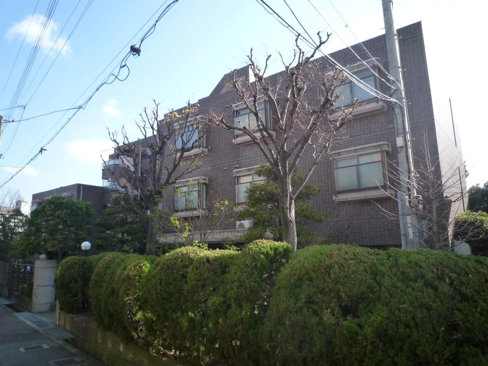 兵庫県芦屋市、芦屋駅徒歩6分の築25年 5階建の賃貸マンション