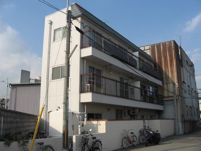兵庫県西宮市、今津駅徒歩12分の築36年 3階建の賃貸マンション