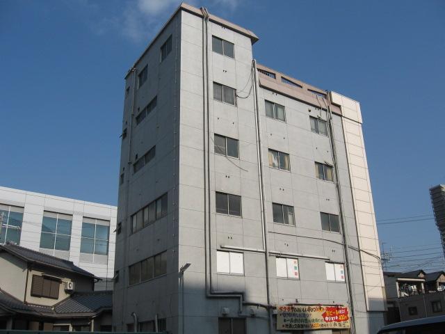 兵庫県西宮市、西宮駅徒歩13分の築48年 6階建の賃貸マンション