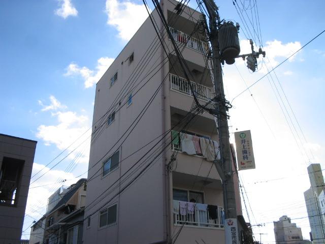 兵庫県西宮市、西宮駅徒歩13分の築19年 5階建の賃貸マンション