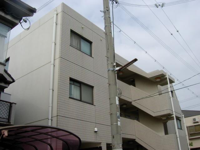 兵庫県西宮市、甲子園駅徒歩15分の築20年 3階建の賃貸マンション