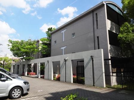 兵庫県芦屋市、芦屋駅徒歩13分の築28年 3階建の賃貸マンション