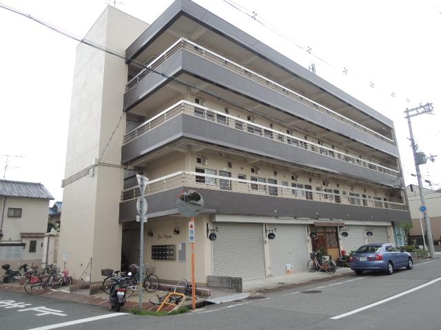兵庫県尼崎市、立花駅徒歩36分の築45年 4階建の賃貸マンション
