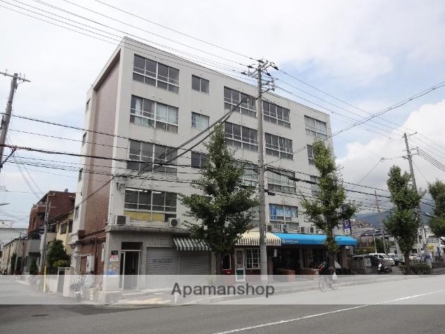 兵庫県神戸市東灘区、摂津本山駅徒歩17分の築44年 5階建の賃貸マンション