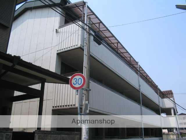 兵庫県西宮市、門戸厄神駅徒歩9分の築20年 3階建の賃貸マンション