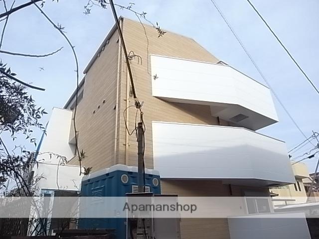 兵庫県西宮市、鳴尾駅徒歩8分の築1年 3階建の賃貸アパート