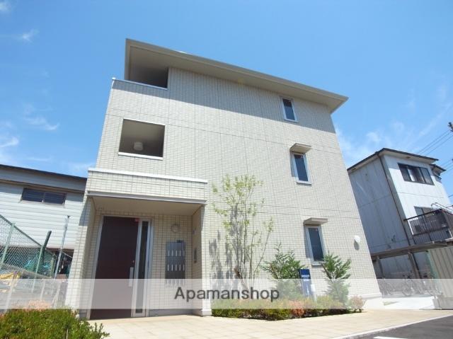 兵庫県尼崎市、尼崎駅徒歩15分の築3年 3階建の賃貸アパート