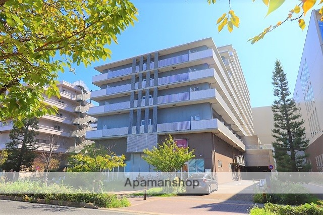 兵庫県尼崎市、尼崎駅徒歩3分の築7年 10階建の賃貸マンション
