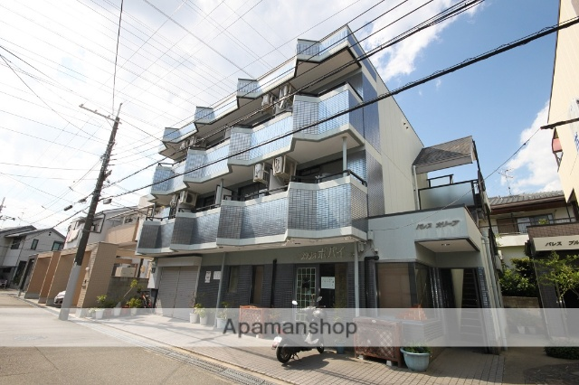兵庫県宝塚市、中山寺駅徒歩13分の築27年 3階建の賃貸マンション