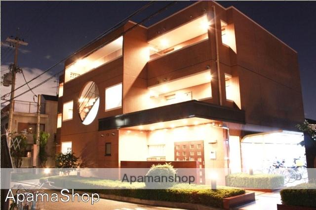 兵庫県宝塚市、川西池田駅徒歩34分の築16年 3階建の賃貸マンション
