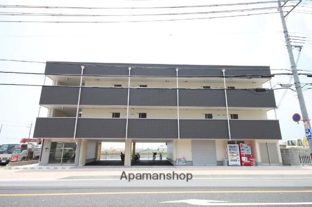 兵庫県宝塚市、中山寺駅徒歩6分の築2年 3階建の賃貸マンション