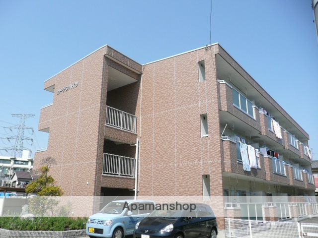 兵庫県宝塚市、川西池田駅徒歩27分の築24年 3階建の賃貸マンション