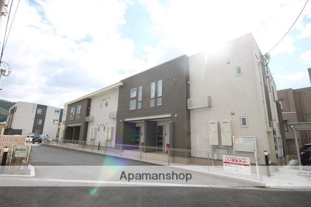 兵庫県川西市、川西能勢口駅徒歩17分の築2年 2階建の賃貸アパート