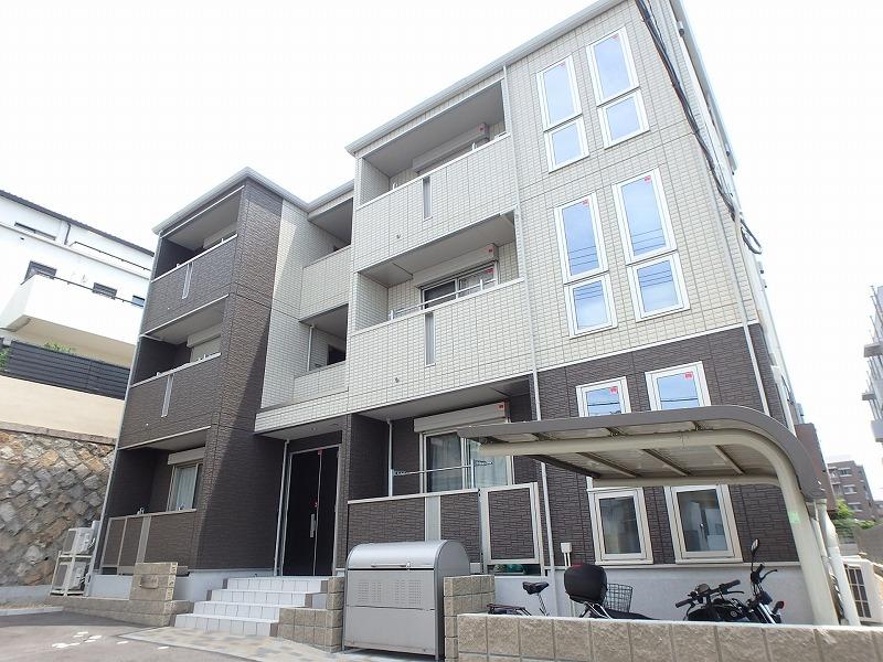 兵庫県神戸市中央区、灘駅徒歩15分の築1年 3階建の賃貸アパート