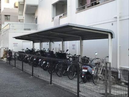 マグノリアパレス[1K/25.87m2]の駐車場