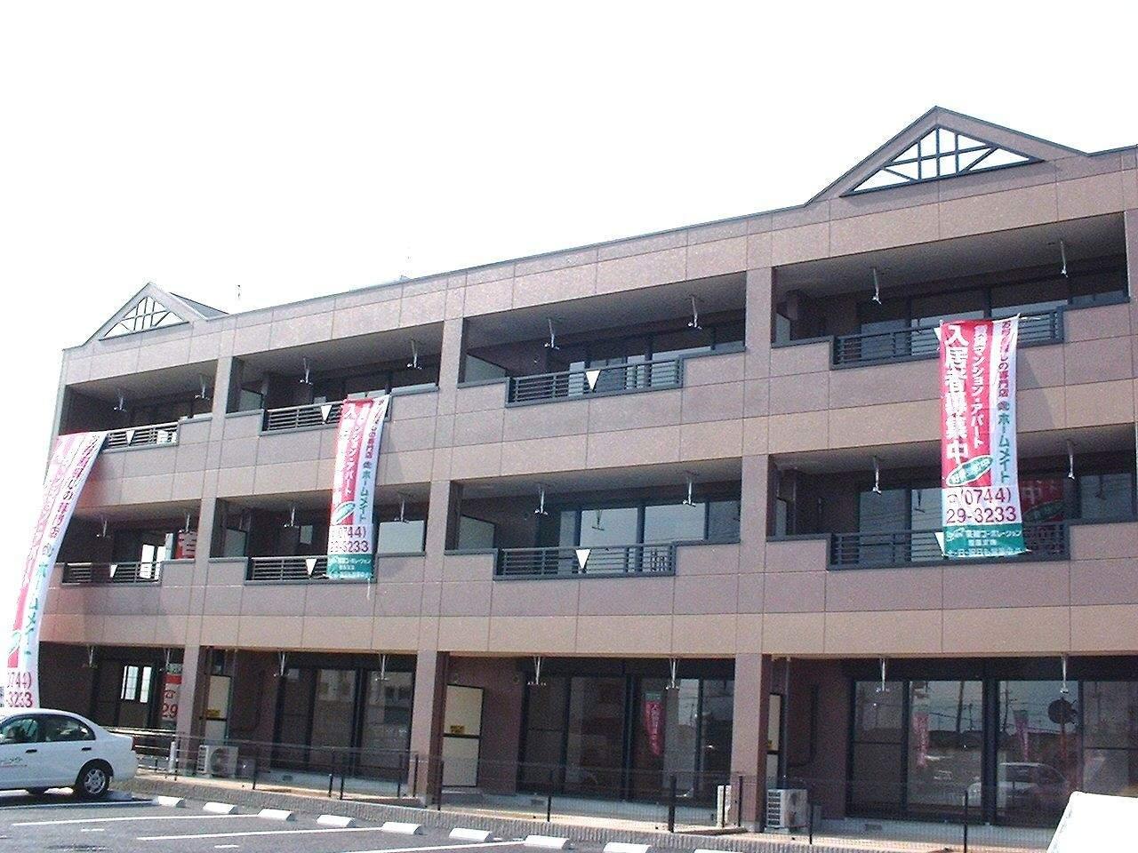 奈良県桜井市、三輪駅徒歩15分の築13年 3階建の賃貸マンション