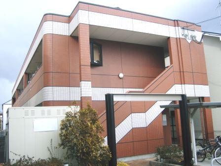 奈良県葛城市、大和新庄駅徒歩16分の築11年 2階建の賃貸アパート