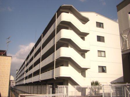 奈良県大和高田市、高田市駅徒歩6分の築27年 5階建の賃貸マンション