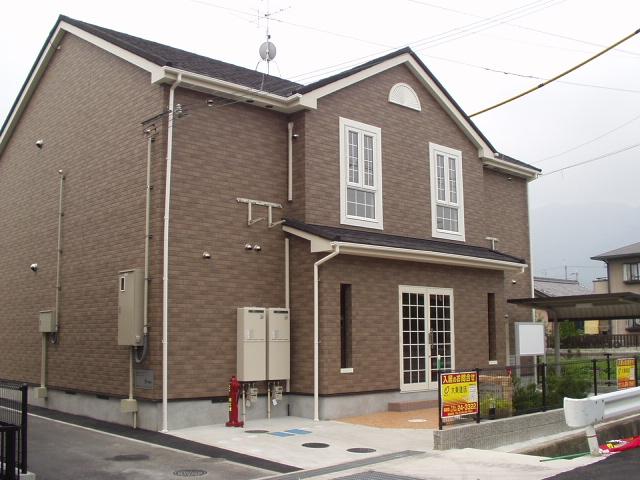 奈良県葛城市、大和新庄駅徒歩20分の築12年 2階建の賃貸アパート