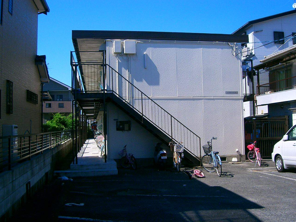 奈良県大和高田市、高田市駅徒歩15分の築34年 2階建の賃貸アパート