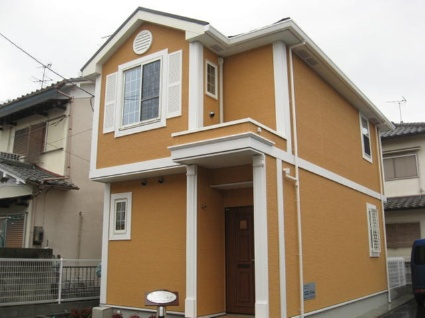 奈良県大和高田市、浮孔駅徒歩11分の築4年 2階建の賃貸一戸建て