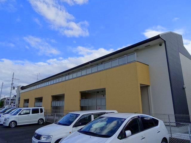 奈良県大和高田市、高田駅徒歩14分の築3年 2階建の賃貸アパート