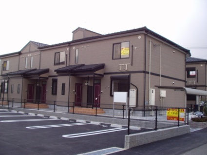 奈良県御所市、近鉄御所駅徒歩10分の築11年 2階建の賃貸アパート