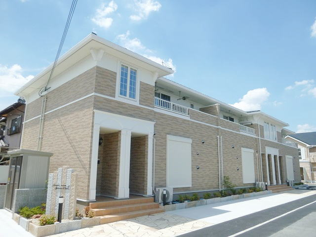 奈良県葛城市、当麻寺駅徒歩6分の築2年 2階建の賃貸アパート