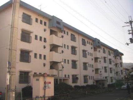 奈良県葛城市、当麻寺駅徒歩3分の築38年 4階建の賃貸マンション